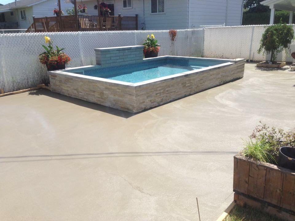 finition de béton piscine rive-sud